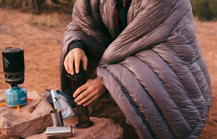 pros of survival blanket